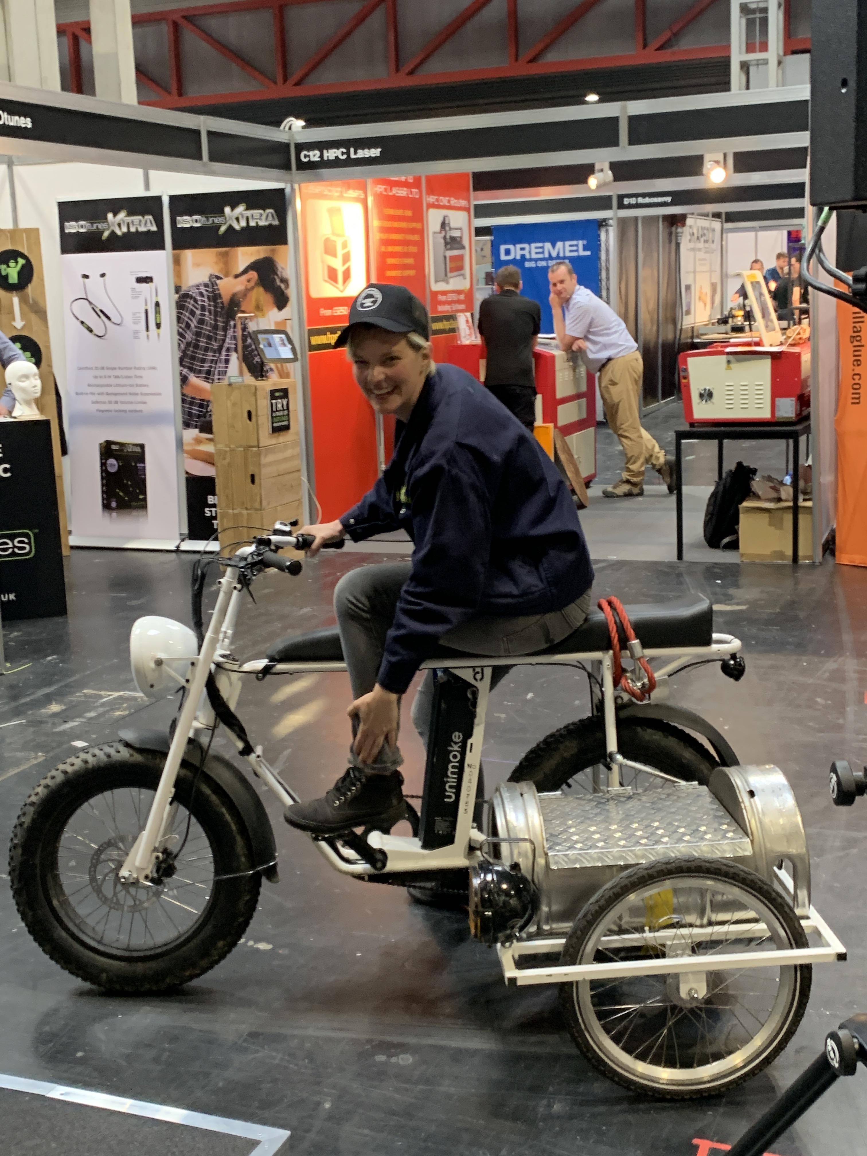 laura_bike